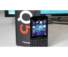 BlackBerry Q5 4G Vendo o Cambio