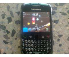se vende blackberry un curve y yavelin