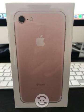 Iphone 7 rosa 128gb sellado solo efectivo
