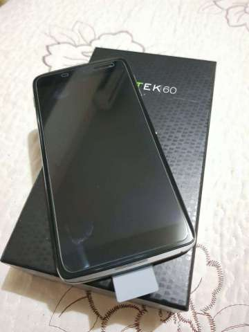 Vendo O Permuto Blackberry Dtek60