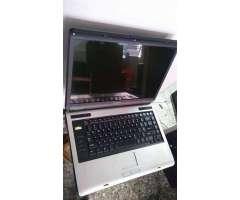 laptop grande toshiba dual core 2 gbs ram 120 gbs disco duro vendo o acepto celular mas rribete