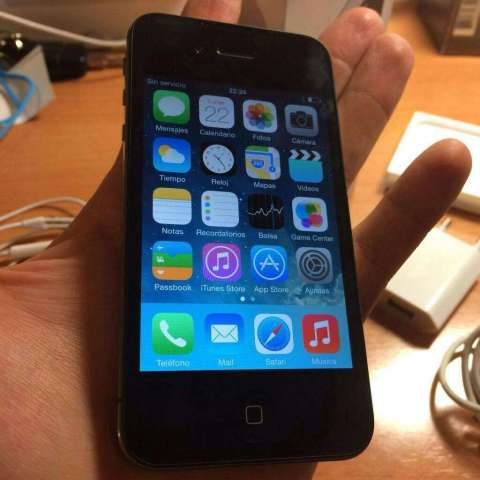Vendo iPhone 4g de 32 Gb Como Nuevo