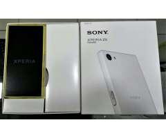 Sony X5 Compact de 32gb libres y nuevos en caja!!