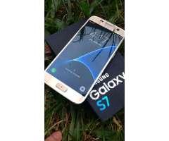 Samsung Galaxy S7 Libre con Detalle Tapa
