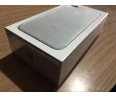iPhone 7 Plus 32Gb Nvo en Caja Sellada