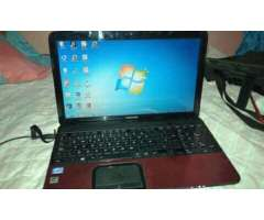 Vendo Laptop Core I5 Toshiba
