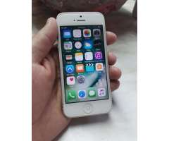 Vendo iPhone 5 con Detalle Estetico