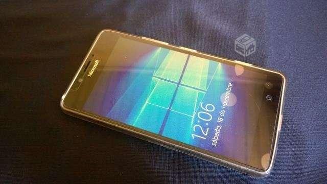 Microsoft Lumia 950 buen + cargador + caja, Región Metropolitana