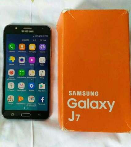 Samsung Galaxy J7 Como Nuevo Original