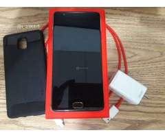 OnePlus 3T su caja  y cargador original, sin rayas y con cover extra