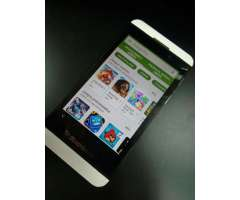 CELULAR BLACKBERRY Z10 MOVISTAR IMPECABLE