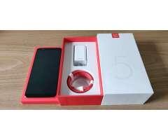 Oneplus 5T 6.0.1 Pulgadas Lava Red Limited Edition , 8GB RAM, 128GB Almacenamiento, Nuevo en caja