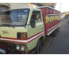 Se Vende Camion Mitsubishi Canter Año 80