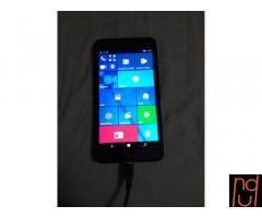 Celular MICROSOFT LUMIA 640 XL, COMO NUEVO,  pantalla 5.7, 99$