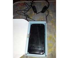 Vendo Un Celular Blu C 5 Nueva con Acces