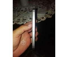 IPhone SE con su cargado - Antofagasta