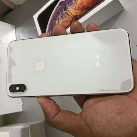 iPhone XS MAX - COMO NUEVO - 64GB - SILVER CLEAN IMEI