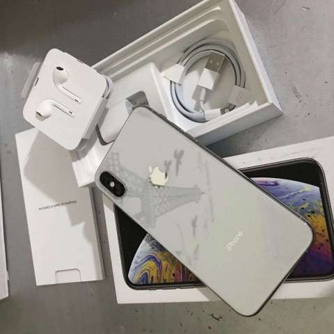 iPhone XS - COMO NUEVO - 64GB - SILVER CLEAN IMEI