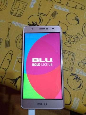 Celular BLU J8 Studio Dorado 4G Sensor Huellas 2GB RAM