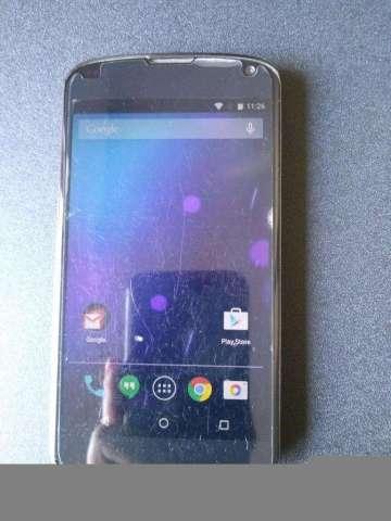 Celular LG Nexus 4 16 GB