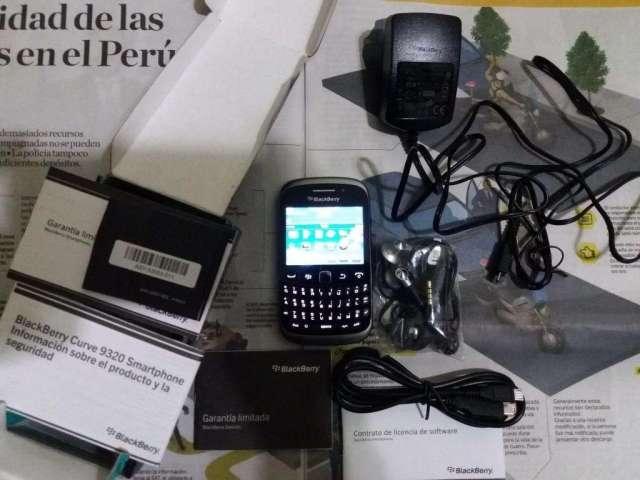 Blackberry curve 9320 como nuevo 10ptos completo de colección accesorios sellados