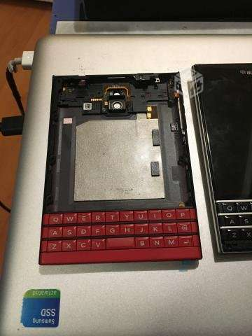 Carcasa original Blackberry Passport Rojo - Santiago