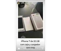 IPhone 7 32 GB impecable - Colina