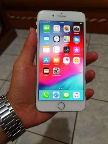 iPhone 8 Plus en Caja con Todos Los Acce