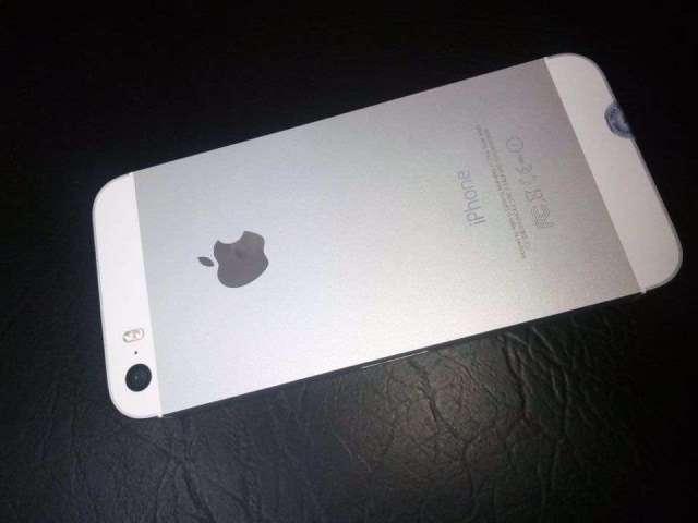 Vendo Iphone 5s.  Condiciones 10/10