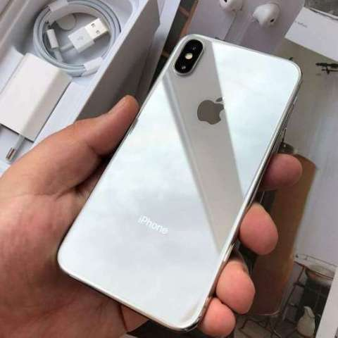 iPhone xnormal factory 64gb
