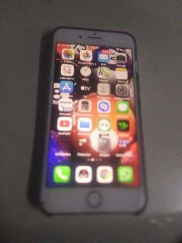 Vendo Espectacular iPhone 8 Plus en 500