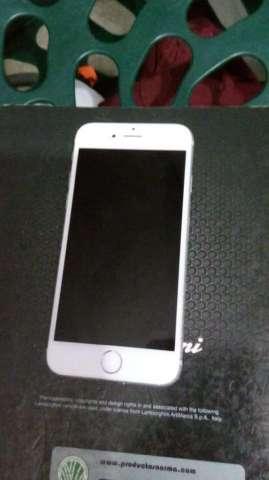 Vendo iPhone 6S 16Gb - con Huella