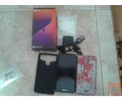 En venta Blu R1 Plus con todos sus accesorios